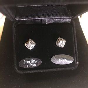 🌟NWT 1/10 CTW Diamond Earrings in Sterling Silver